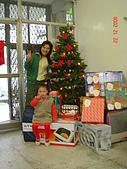 2006年聖誕節公司聚餐:冕冕搶鏡頭
