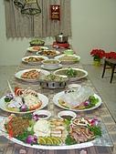 2006年聖誕節公司聚餐:豐盛的菜餚
