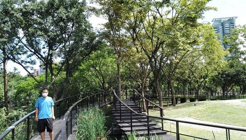 110.6.18.大安.九五峰 (29).jpg - 110.6.18.大安森林公園.九五峰