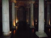 2010杜拜土耳其奢華之旅_9_ 托卡匹王宮後宮及地下宮殿:伊斯坦堡地下宮殿134.JPG