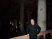 2010杜拜土耳其奢華之旅_9_ 托卡匹王宮後宮及地下宮殿:伊斯坦堡地下宮殿142.JPG