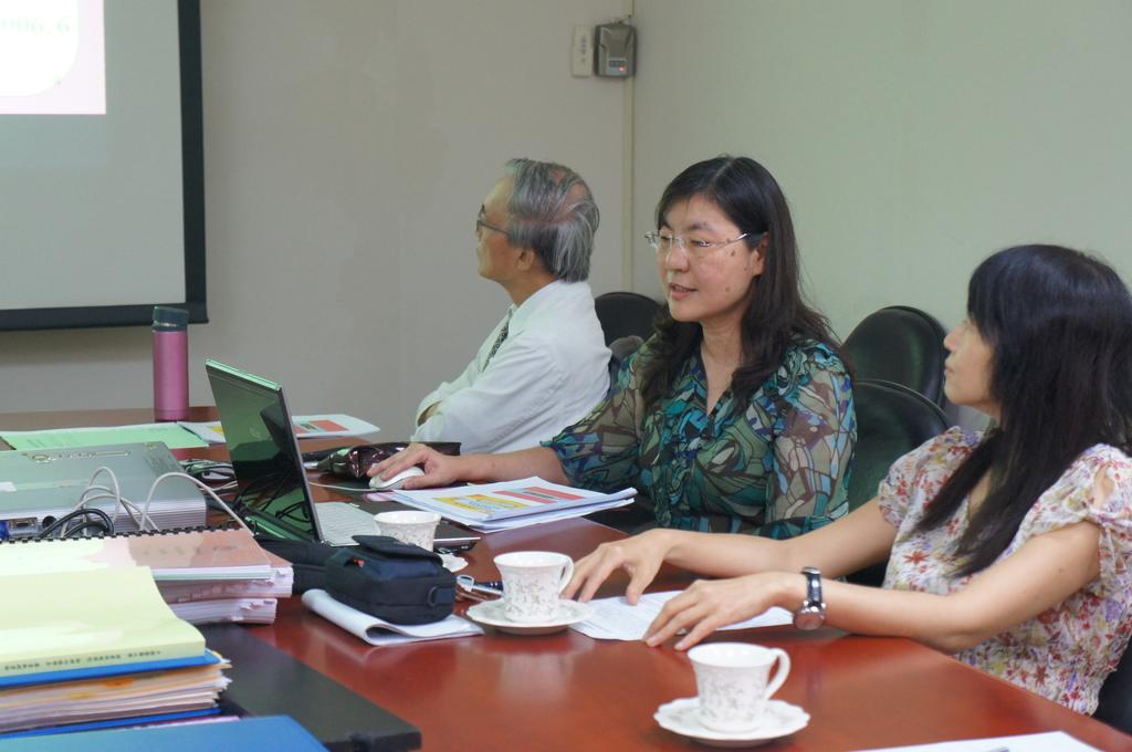1041006 教師升等演講:DSC06763.JPG