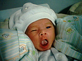 可愛寶貝:0個月大016