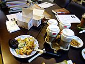 辦公室年終開會下午茶:101230-1.JPG