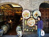 4/1義大利蜜月旅行(第(第四天)聖吉米那諾-比薩-普拉多:080401-0645聖吉米那諾.jpg