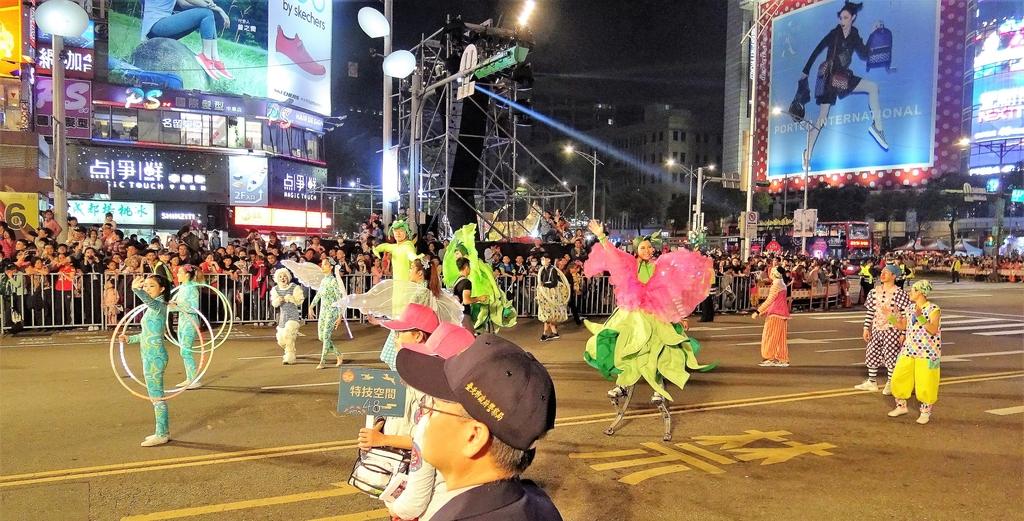 DSC08840.JPG - 2018年台北燈節踩街遊行