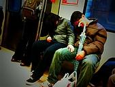隨手拍生活:捷運上的愛睏人 (