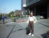 中國~故事江南旅遊活動。第5天:P1080471住宿~上海外高橋喜來登酒店(5星)國際連鎖~酒店前庭.JPG