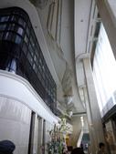 2012.07.04~08.日本東京5日遊~第1天(下篇):P1030091今夜住MARROAD飯店迎賓大廳~上面樓層及燈飾.JPG
