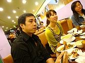980520 湄南小鎮:穿黑的真的有比較瘦喔~