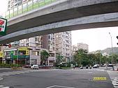 97.10.26馬武督四人行森林探索:清晨的台北街頭