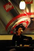 中越胡志明市.戰爭博物館.統一府.媽祖廟:喝一杯咖啡?