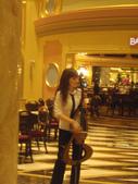 陳良弼2011的香港行第4天_坐船出海去澳門看大三巴! 威尼斯人! 0228:1681410200.jpg