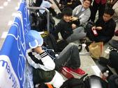 台北松山機場迎接AKB48 神之七人-柏木由紀_20120225:1068183787.jpg