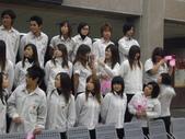 2009高雄高商進修學校3年8班拍畢業照_20091221:1411421750.jpg