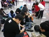 台北松山機場迎接AKB48 神之七人-柏木由紀_20120225:1068183788.jpg