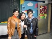2009高雄高商進修學校3年8班拍畢業照_20091221:1411421754.jpg