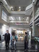 與國立中山大學第9期圖書館專業人員在職進修學分班的學生們去校外參觀_崑山科大圖書館_20100116:1766824678.jpg