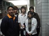 2009高雄高商進修學校3年8班拍畢業照_20091221:1411421762.jpg