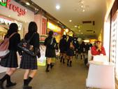 AKB48 Cafe台灣店開幕暨烏梅醬(梅田彩香)握手會_20111020:1194162198.jpg