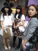 AKB48台灣官方店開幕系列活動: 在台北西門町正式開幕營運_20110612:1147075860.jpg
