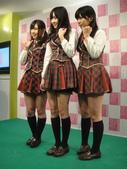 Yes!! 歷史性的一刻!!! AKB48新加坡官方店開幕!!! 2011_05:1465537736.jpg