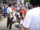 AKB48出席2011台灣金曲獎-走星光大道篇_20110618:1666610388.jpg