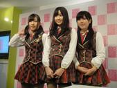 Yes!! 歷史性的一刻!!! AKB48新加坡官方店開幕!!! 2011_05:1465537741.jpg