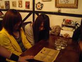 與雄商309班同學們聚餐在月讀女僕Cafe_20110520:1046315070.jpg