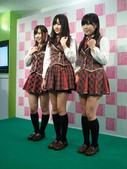 Yes!! 歷史性的一刻!!! AKB48新加坡官方店開幕!!! 2011_05:1465537743.jpg