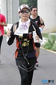 105-05-15_神岡馬-神豐盃全國馬拉松:終點前1公里-2.jpg