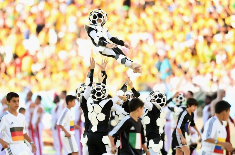 生活寫真:opening-ceremony-2014-fifa-world-20140612-183939-551.jpg