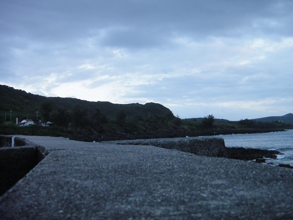 2010-10-27_我在墾丁*充實、平靜又驚險的第二天:天黑了....