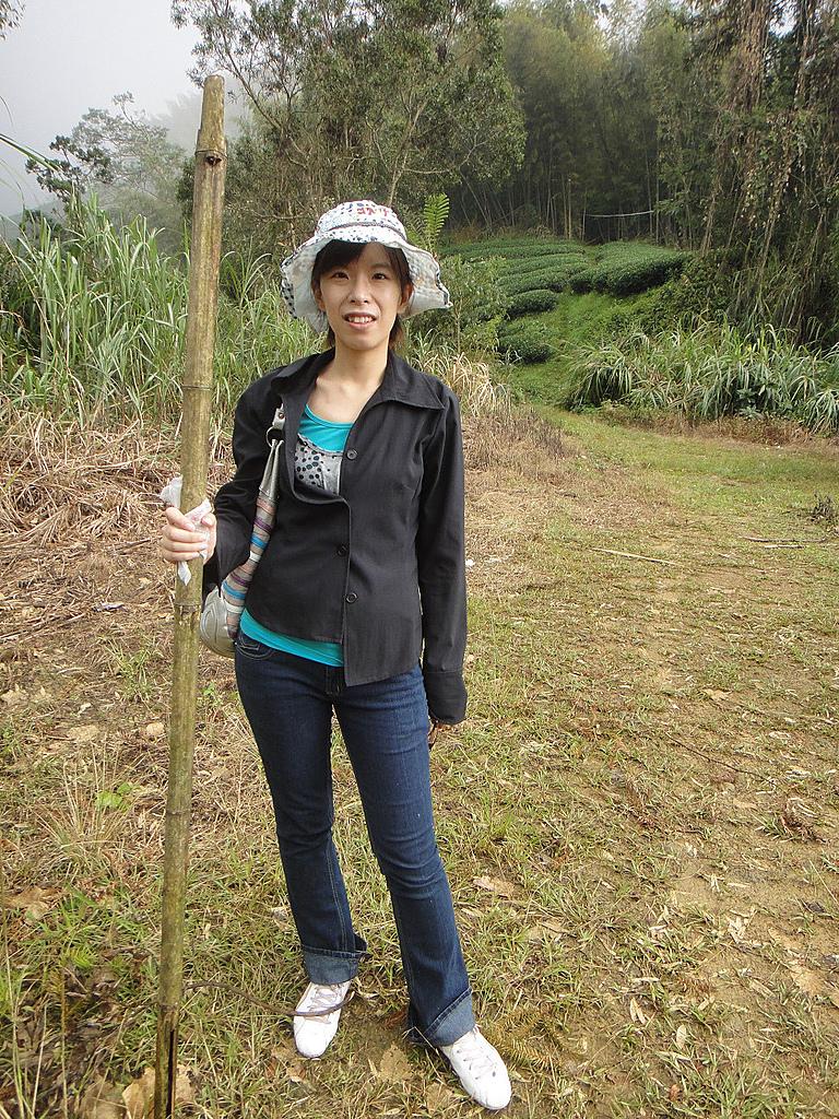 2010-09-30_瑞里印像區:我跟我的登山杖:p