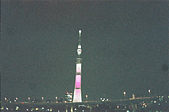 [Film 33] 三月關東_Day2/3東京&奧日光 (By FM2):夜拍晴空塔,ISO 400的底片手持拍攝,這是我的極限了 XD