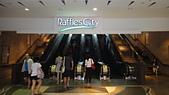 2012-03-24_新加坡第二天,徒步旅行市政區:092558_City Mall SMRT出來往Raffles走