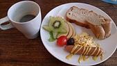 2014-10-07~12_流浪到綠島的六天(600D篇):2014-10-10_藍莎每天的早餐都擺得好漂~亮~