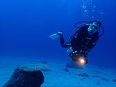2017年11月,平常日的小琉球海底三日遊 (NO. 145~151):雖然雙眼極度無神,但難得有在海底的照片,還是放上來以茲紀念。哈