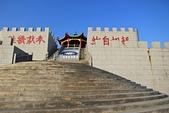 2012-10-14_東莒、東引:感恩亭(中柱堤連結了東引島跟西引島的陸地交通,據說是由蔣經國開發的建設)