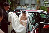 20090725 李昀&玉婷的婚禮 (附: 起低&阿宅):[婚攝版] 新娘車到達教堂