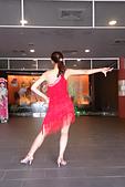 2014-10-18_Salsa表演 @大唐溫泉:雖然是背面,但有蠻有氣勢的阿!!