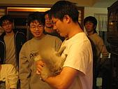 20061222 [新竹]冬至老闆家:大師兄像不像抱『小孩』的慈父!?