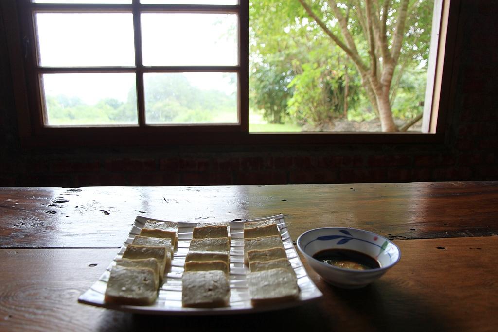 2012-08-09_鹿野、池上大坡池、伯朗大道、稻米原鄉館、羅山、六十石山:泥火山豆腐