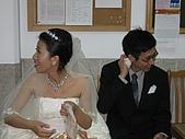 20090725 李昀&玉婷的婚禮 (附: 起低&阿宅):累了的新人(偷拍版:p)