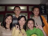 """2005.10.23.48週年堂慶:""""老青年會""""合照 (旁邊是玉婷)"""