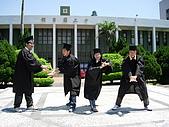 2005.06.05.畢業典禮(老哥):火影忍者!(其實我根本不知道這是什麼...)