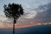 2014-03-10_阿里山拼命行:日出前的彩霞(到得太晚,卡不到好位置)