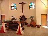2010-09-30_瑞里印像區:第一次看到全部用木頭來布置的教堂呢!