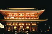 [Film 33] 三月關東_Day2/3東京&奧日光 (By FM2):拍歪了,但喜歡紅色的屋頂跟橘黃的燈光