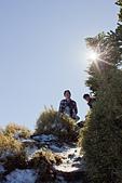 2014-01-01_美麗的中橫大冰箱:太滑了我爬不上去最頂端 ><